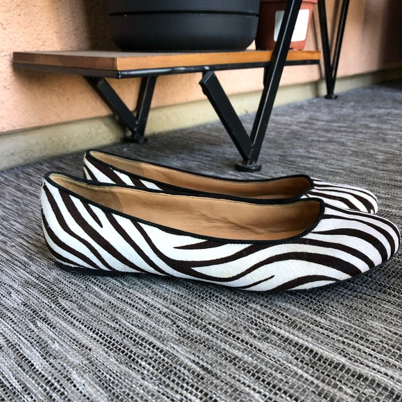 Kenneth Cole leather zebra flats